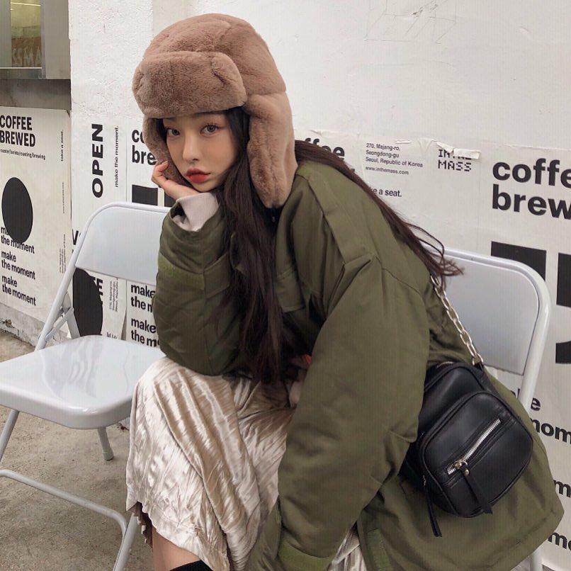 """ส่อง 20 ไอเดียแฟชั่นรับลมหนาว """"สไตล์เกาหลี"""" สีเอิร์ธโทนเพิ่มความอบอุ่น"""