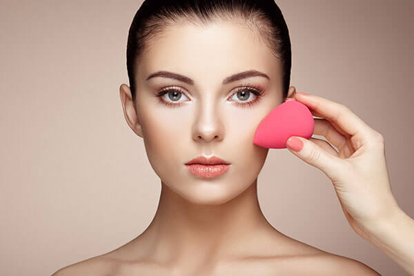 blended makeup for perfect selfie