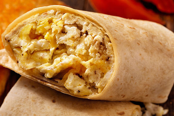 egg and cheese burrito breakfast meal under 500 calories