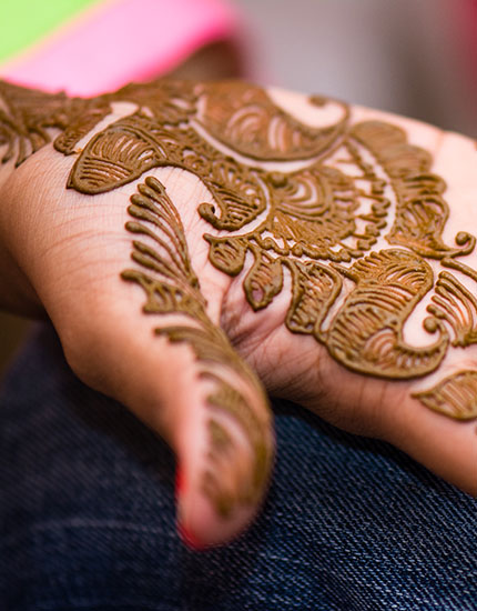 How Make Mehndi For Nails : Why henna became one of india s best herbal exports