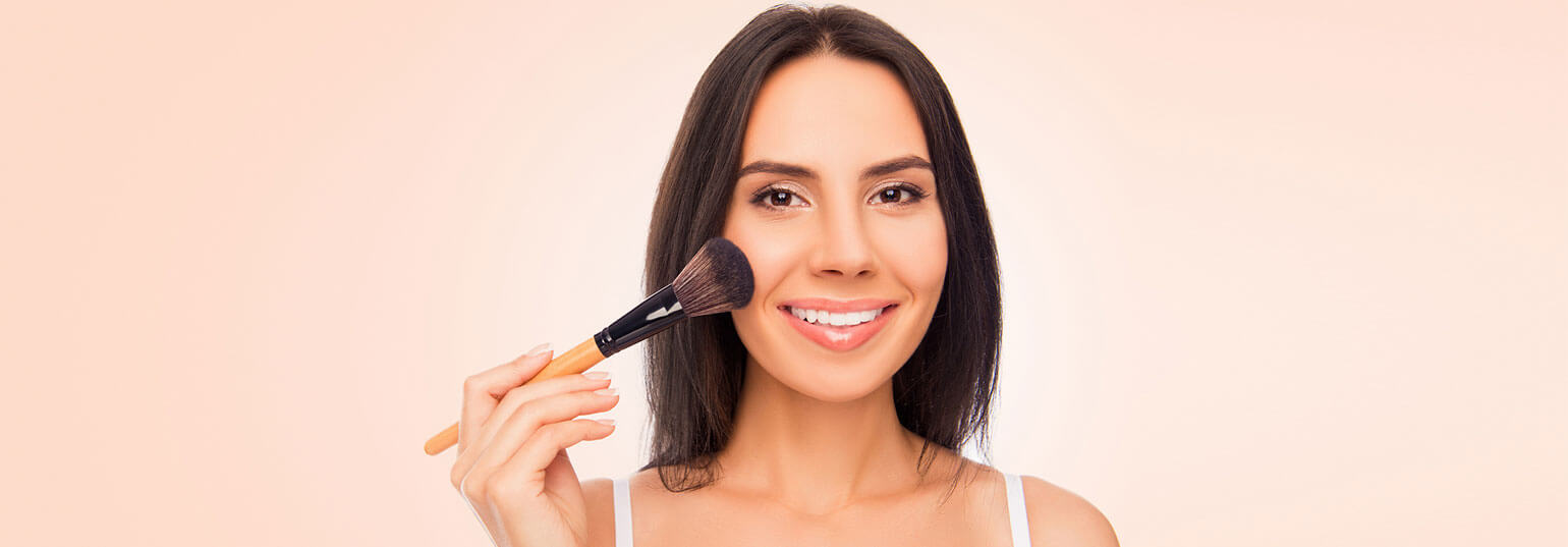 FIND OUT HOW TO APPLY BRONZER IN 4 OTHER WAYS