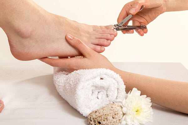 remove tan from your feet