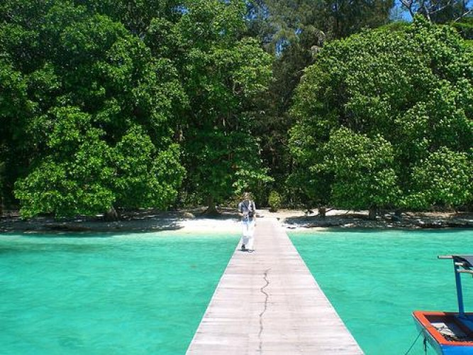 Day Trip to Sepa Island in Jakarta