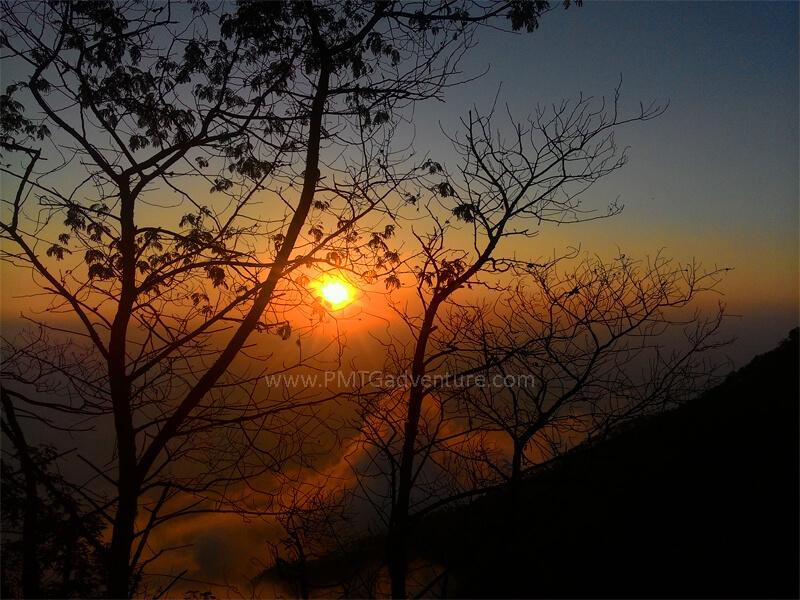 Sunset dari Jalur Pendakian Merbabu via Suwanting
