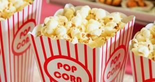 sedia pop corn untuk menonton film pendakian
