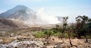 gunung papandayan Indonesia. Sumber: Wikipedia