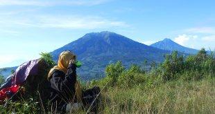 Ngopi di Campsite Gunung Andong, 19 Mei 2013 (foto oleh : @afvendiant)