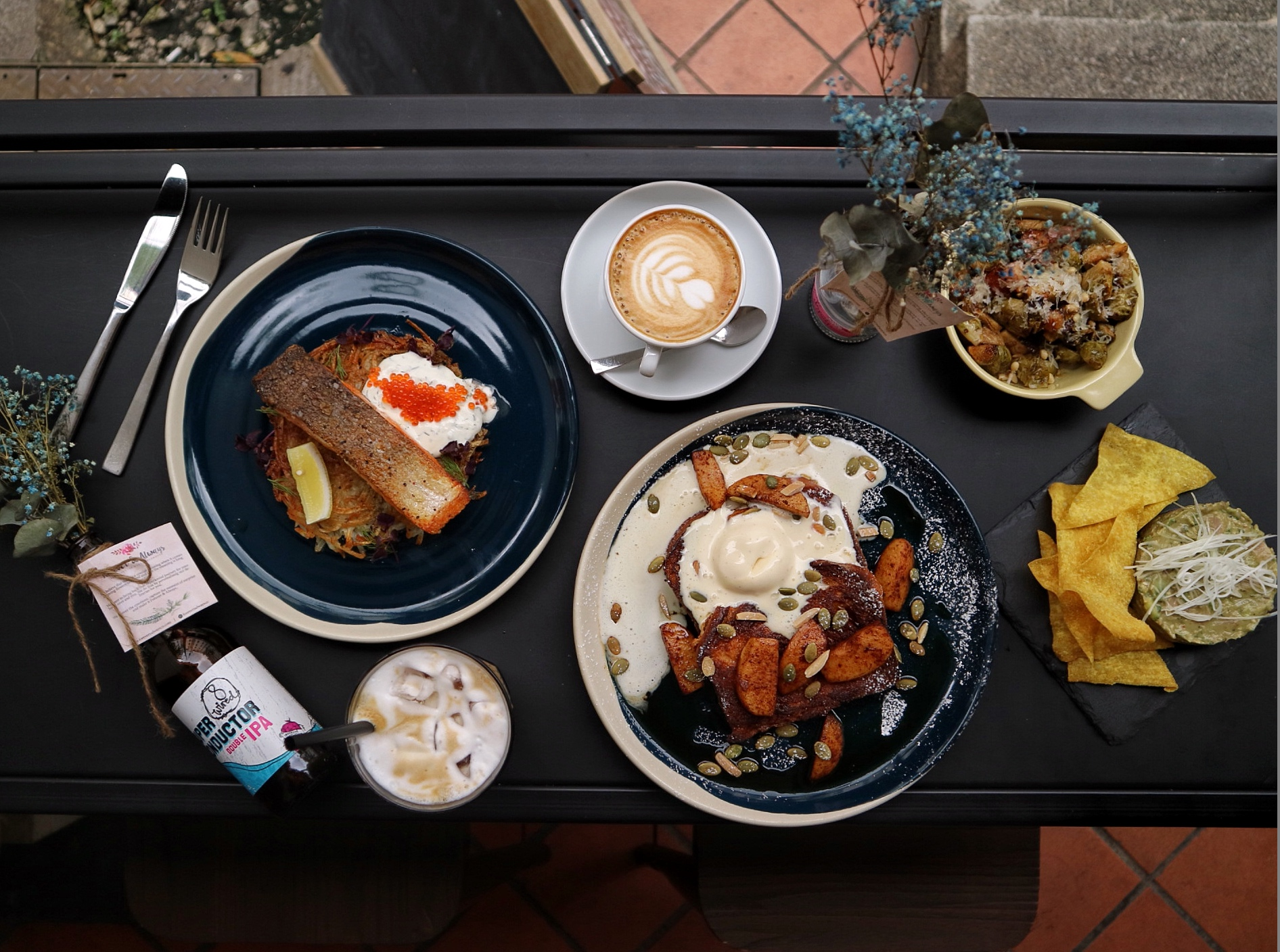 (NEW) Hustle Co: New Café in Tanjong Pagar with Amazing Food and Local Craft Beers