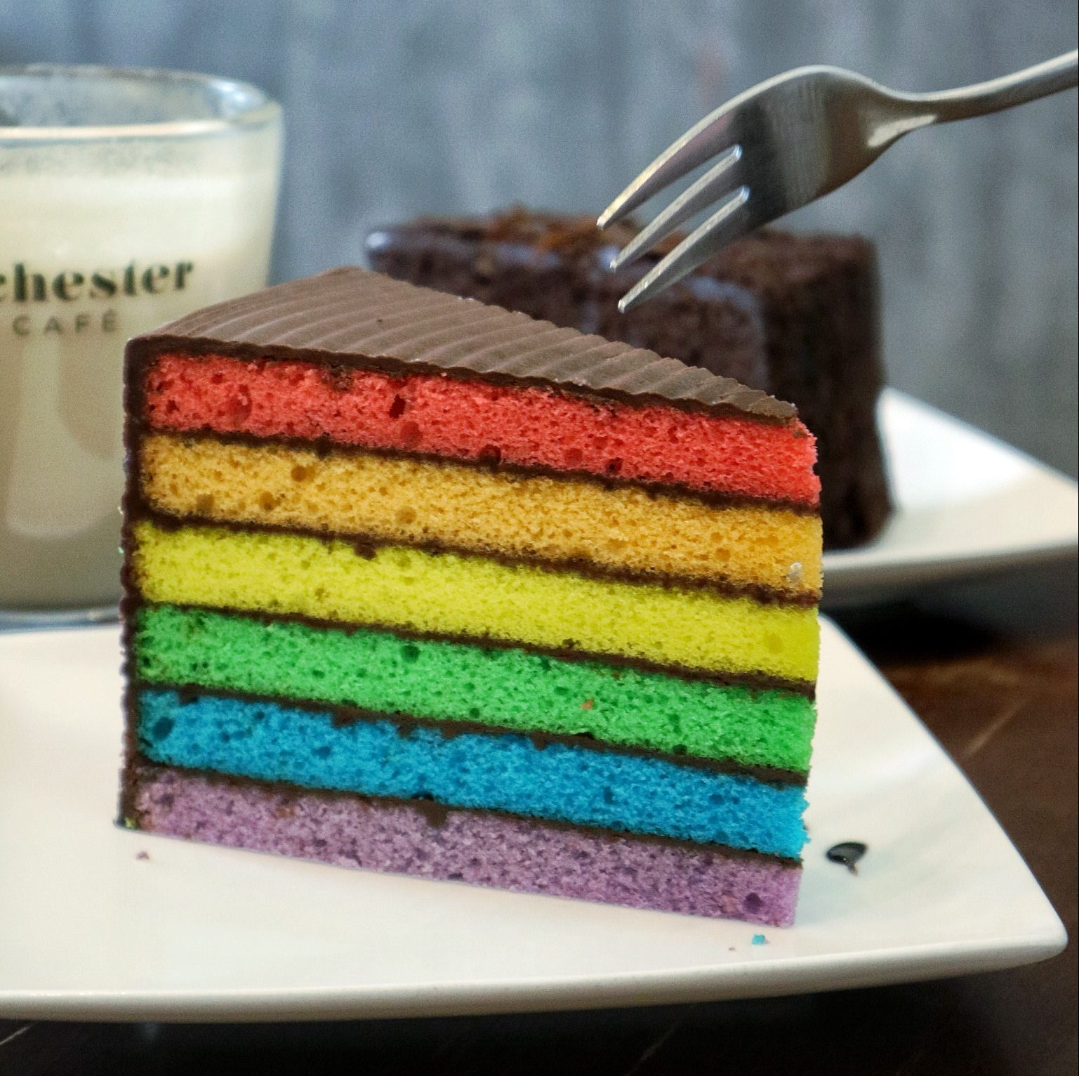 Rochester Café: New Cosy Coffee Place with Rainbow Cake, Charcoal Waffle & Ice Cream