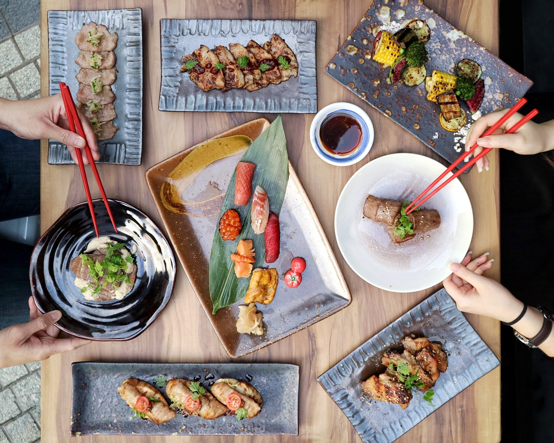 (NEW) Cast Iron: Modern Japanese Restaurant with Premium Sashimi & Astonishing Grills