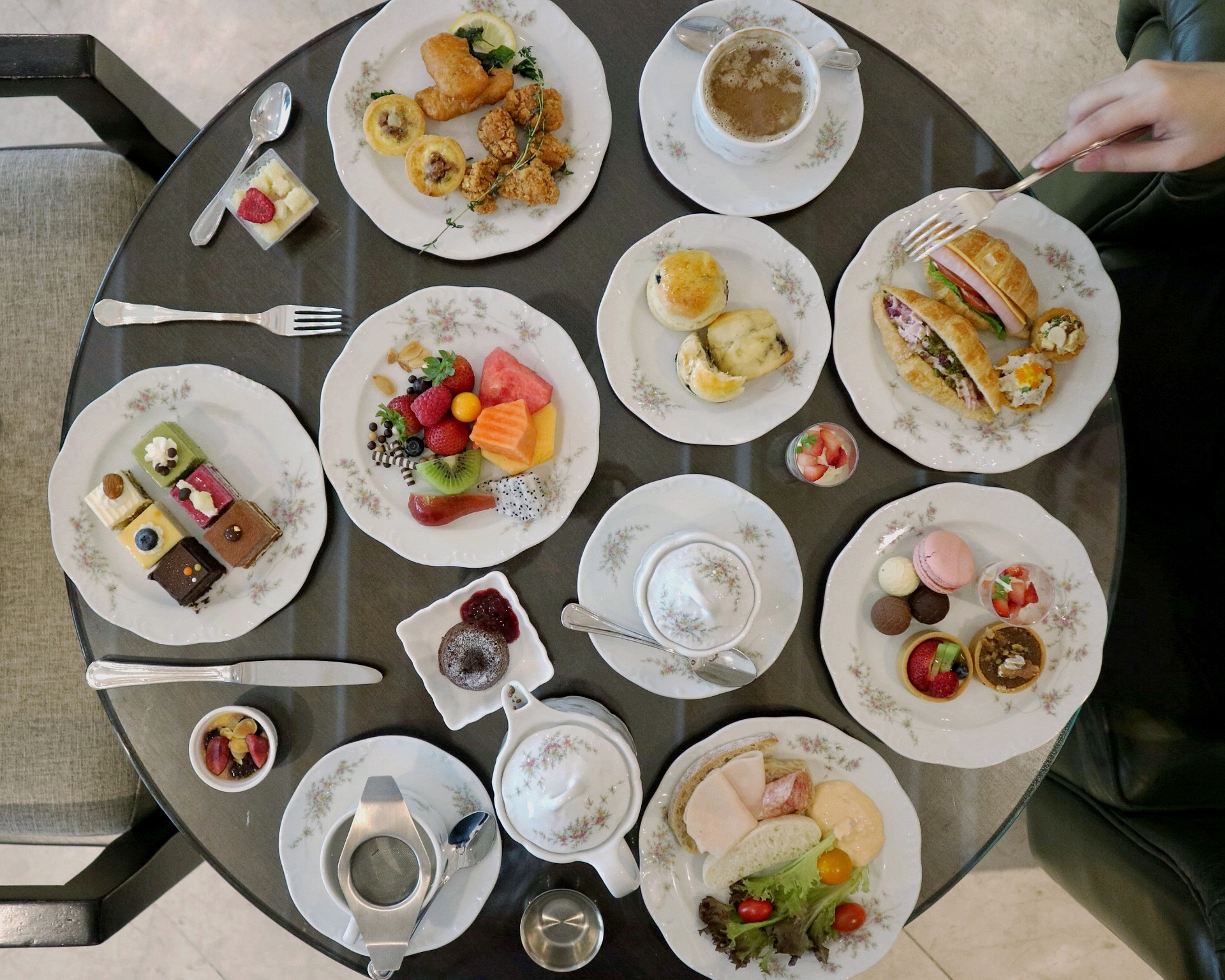 L'Espresso at Goodwood Park Hotel: Indulge in a DELIGHTFUL Victorian English Afternoon Tea