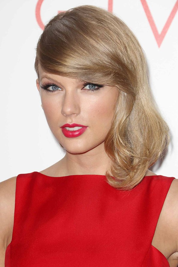 Taylor-Swift_glamour_12aug14_rexfeatures_b_592x888