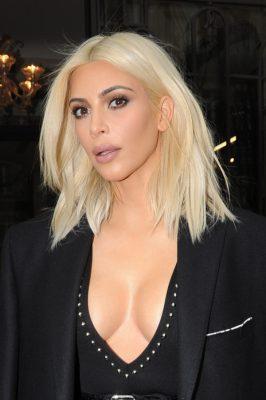 Kim Kardashian out and about in Paris, France. Pictured: Kim Kardashian Ref: SPL971438  100315   Picture by: Splash News Splash News and Pictures Los Angeles:310-821-2666 New York:212-619-2666 London:870-934-2666 photodesk@splashnews.com