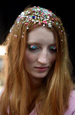confetti-hair-ashish-today-151209-02_c7b9c20be2ab269dc2441bce658a89c2.today-inline-large