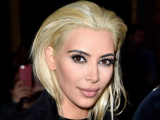 kim-kardashian-dyed-her-hair-platinum-blonde-and-people-are-freaking-out
