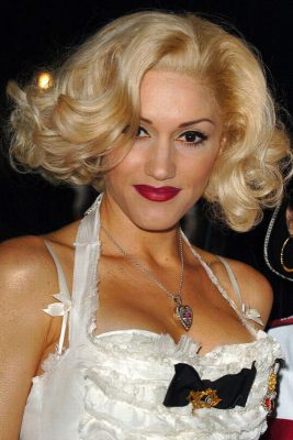 gwen-stefani-hairstyle-in-new-album-2015