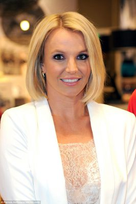 1411646558696_wps_31_britney_spears_promoting_
