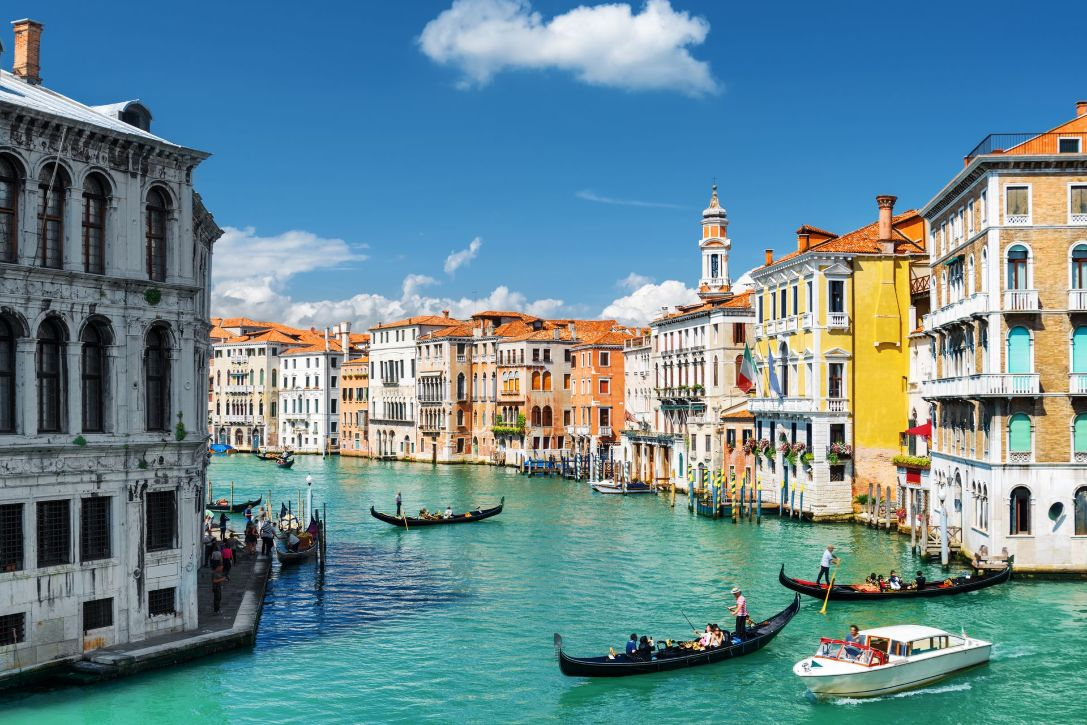 tour operator software italy