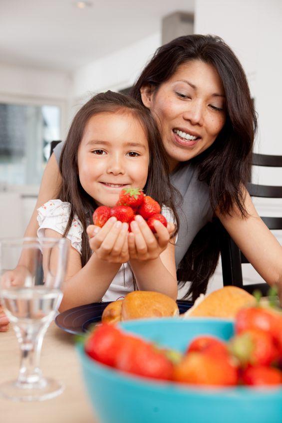 5 Tips Jauhkan Anak dari Kebiasaan Jajan Sembarangan