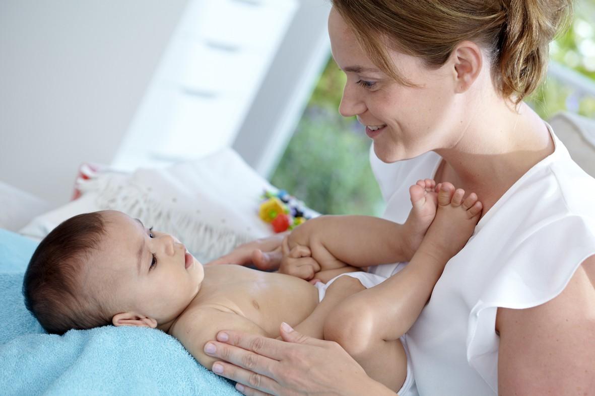 Cara Sederhana Stimulasi Perkembangan Otak Bayi