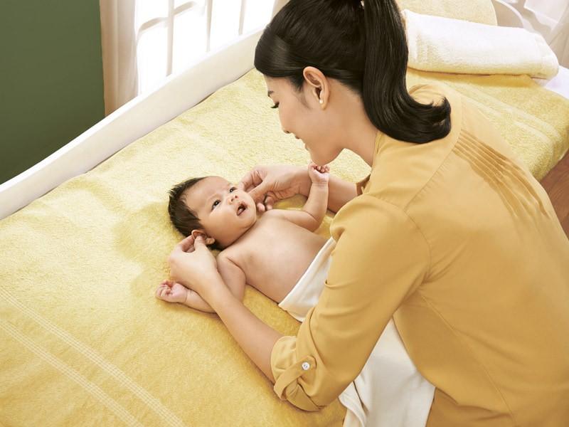 Pentingnya Stimulasi Bayi sejak Dini