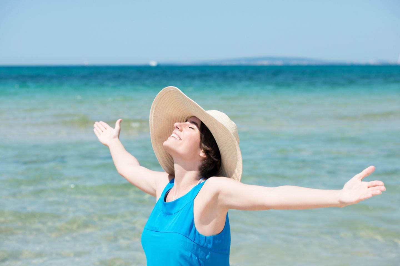 [Kehamilan Bulan 3] Tips Mencegah Sunburn Saat Beraktivitas di Luar Ruangan