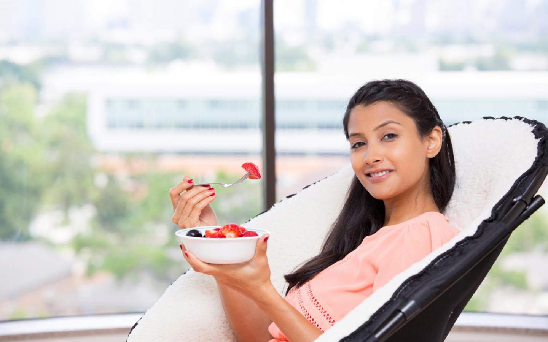 [Moms - Food & Nutrition] Tips Sehat Mengontrol Asupan Gizi Harian Bunda