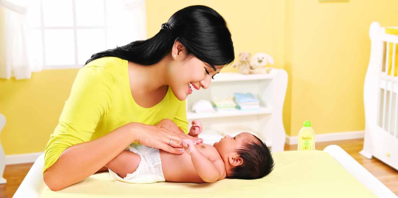 Baby Spa: Teknik Pijat Sehat untuk si Kecil