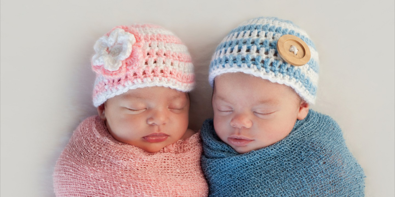 4 Tips Menidurkan Bayi Kembar