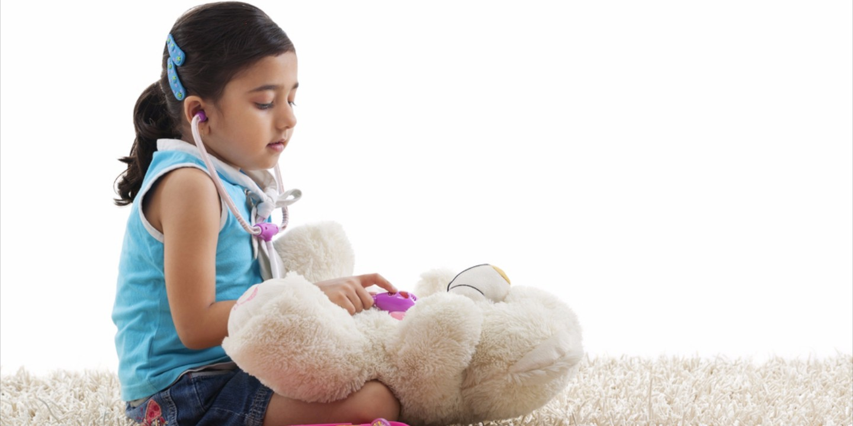 Zwitsal   Manfaat Bermain Sendiri Bagi Anak