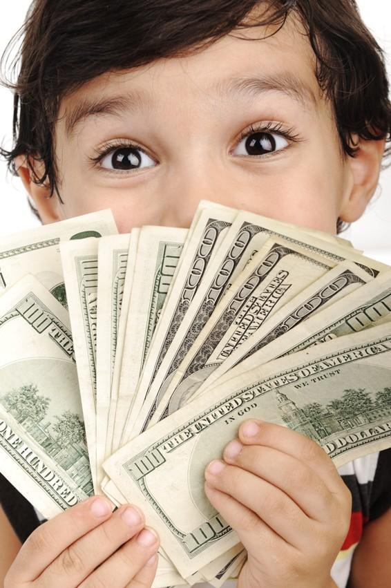 Memperkenalkan Uang pada si Kecil