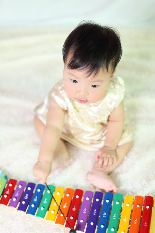 Cara Mudah Stimulasi Musik Aktif pada Bayi