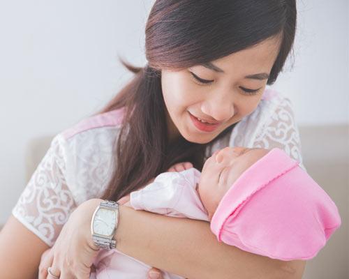 Mencermati Perkembangan Bayi Baru Lahir
