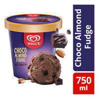 Wall's Selection Ice Cream Tub - Choco Almond Fudge