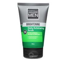 Nano White Men Daily Exfoliating Scrub - Brightening