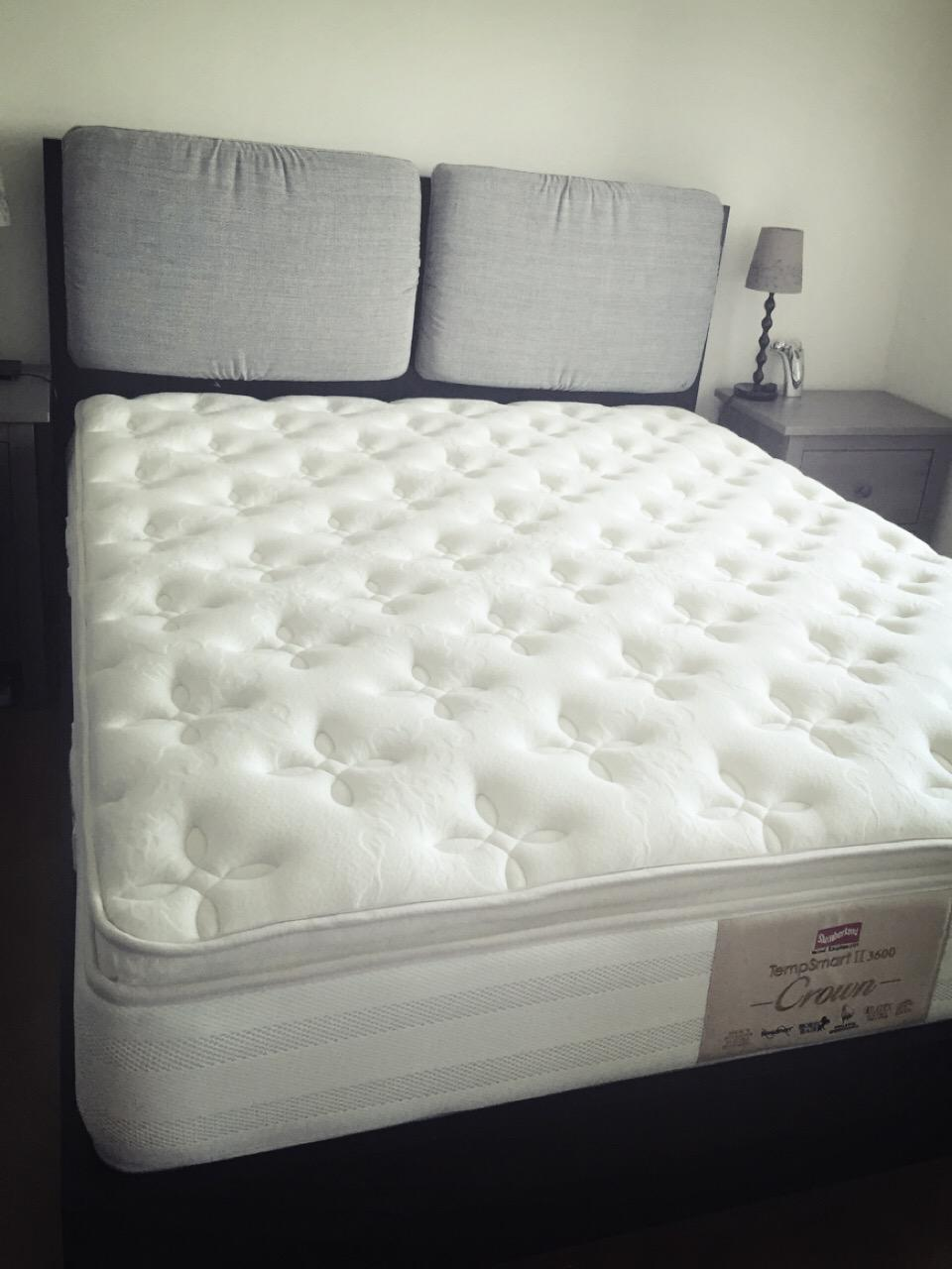 Brand New Slumberland Tempsmart Mattress 2 Week Old