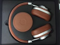 Master & Dynamic MW60 wireless headphone!