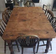 Selbat Dining table