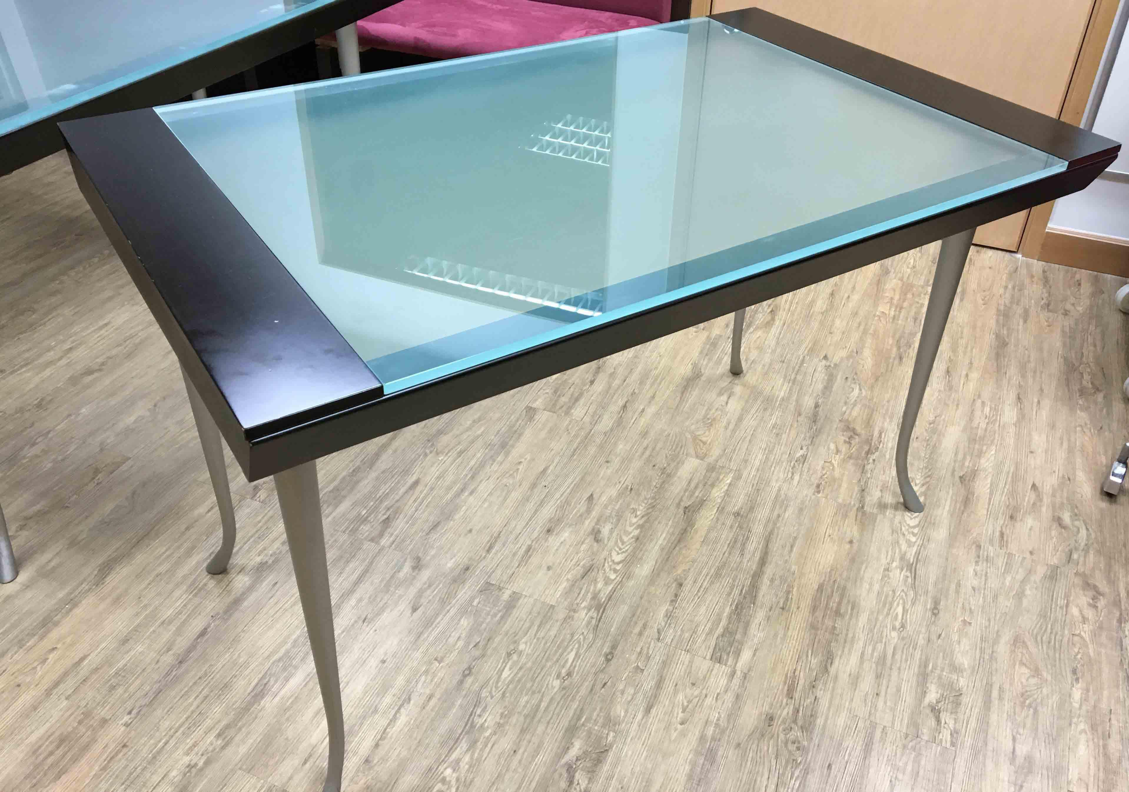 Tempered glass working/ dinning/ drawing table | Secondhand.hk