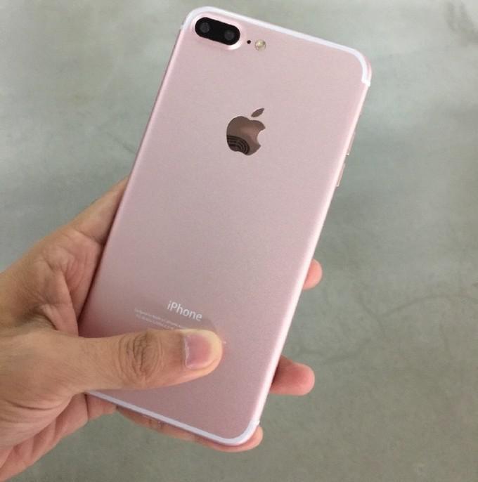 Xmas promo sales: authentic iPhone 7 Rose Gold original HK$1552