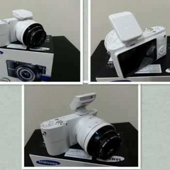 Samsung nx1000 with 20 50mm lens 50 200mm lens