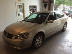 am Selling my 2005 Nissan Altima
