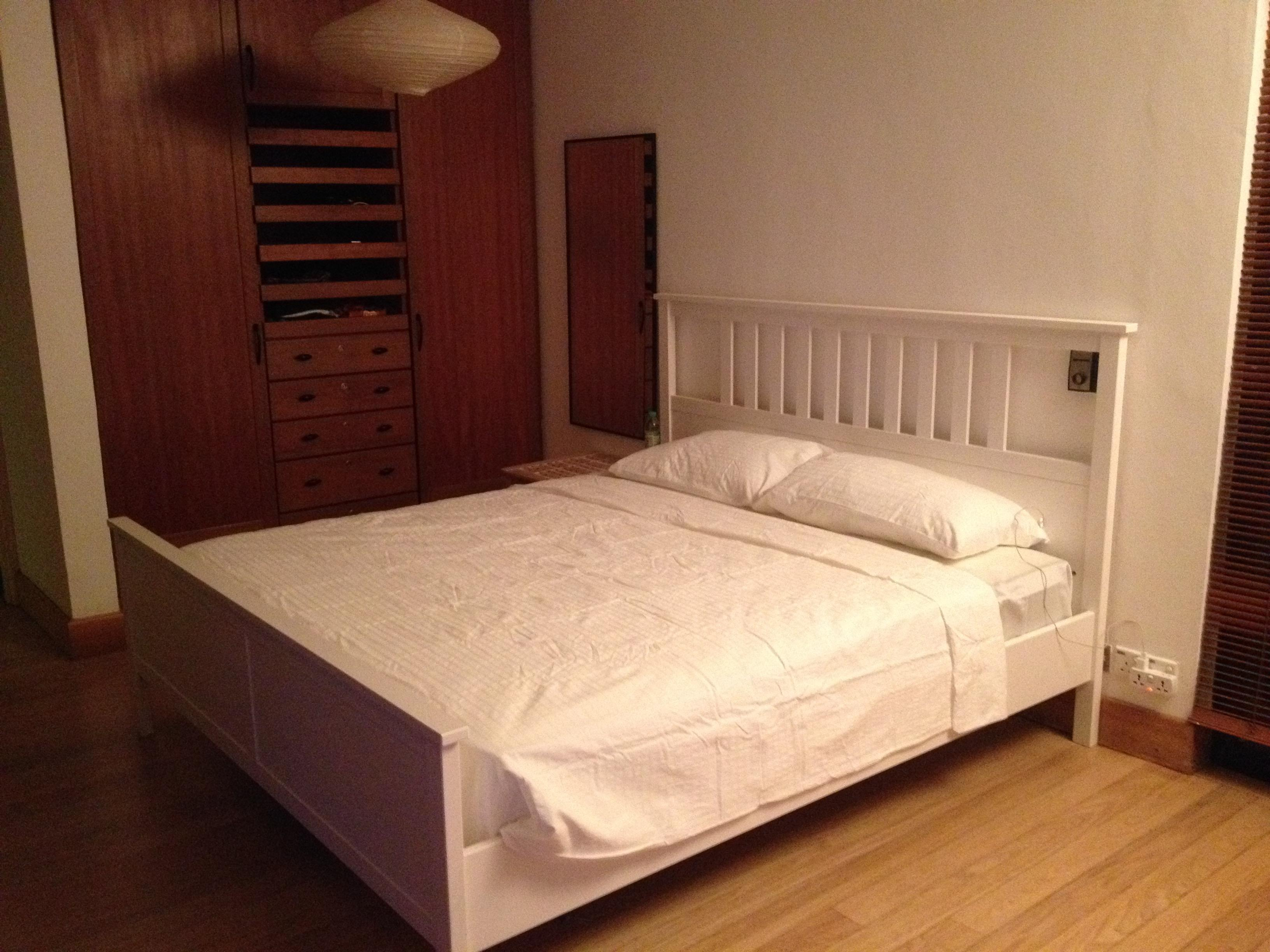 Bed Mattress Dining Table Chairs For Sale Secondhand My