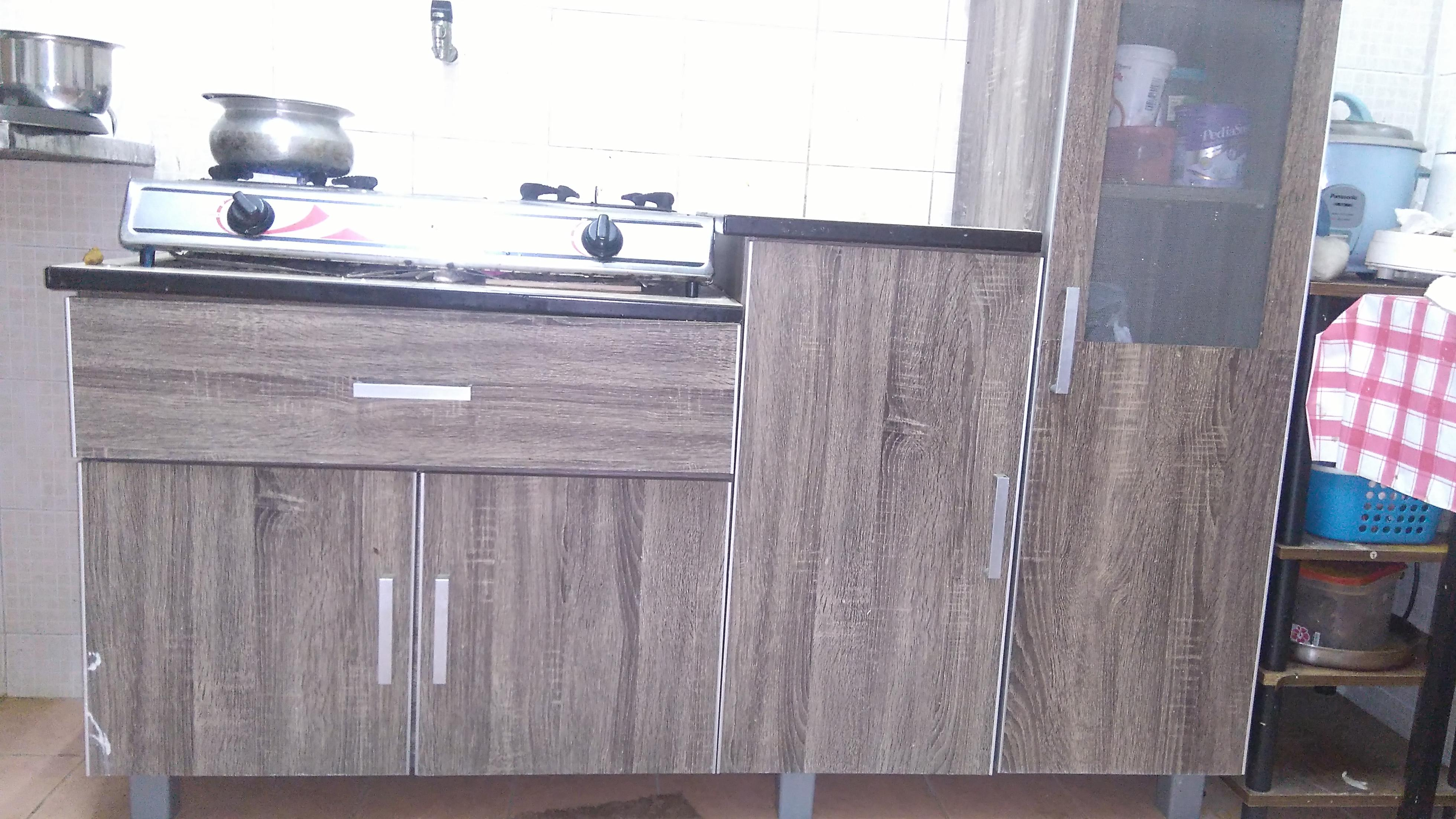 Kitchen Cabinet 5 Feet Long 6 Months Used