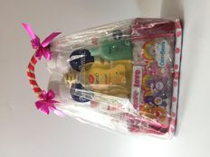 Pureen Hamper