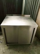 STAINLESS STEEL WORK TABLE CABINET STALL 3 FEET