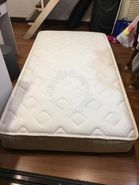 Used 8'' therapedic backsense spring mattress
