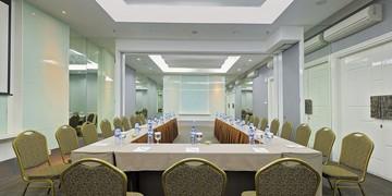 photo of Puri 2, Favehotel Puri Indah 4