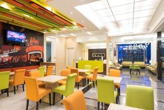thumb-paket-meeting-di-royal-city-hotel-tomang,-lobby-open-area-1