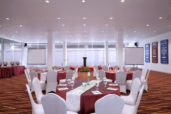 thumb-paket-meeting-di-fame-hotel-gading-serpong,-hall-of-fame-1-2